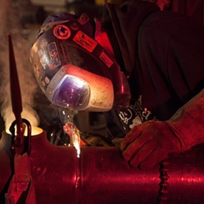 The Heavy-Metal Welders of 'Alaskan Steel Men'