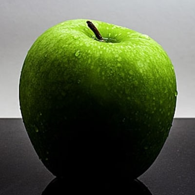An Apple A Day Can Cut Heart Disease Risk 40 Percent