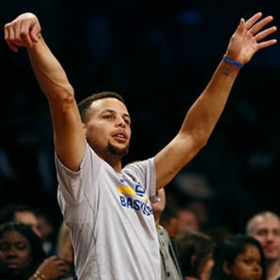 Are Deprivation Tanks Behind Steph Curry's Basketball Superpowers?