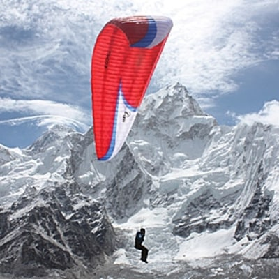 Flying Off Everest: The Story Behind the Ultimate Descent