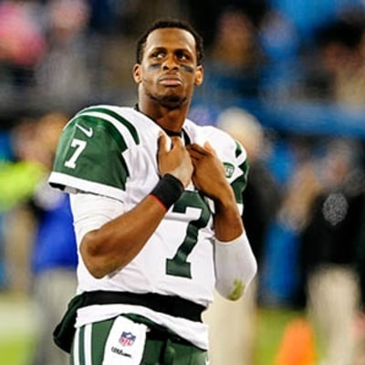 Geno Smith Gets Knocked Out, Jets Fans Pull No Punches