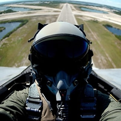 How Fighter Pilots Stay Sharp