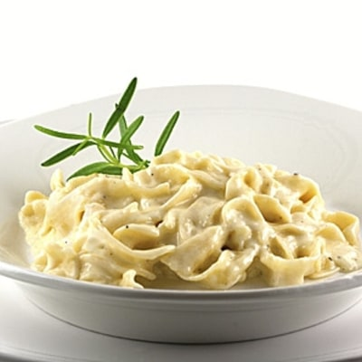 How to Make Classic Fettuccine Alfredo