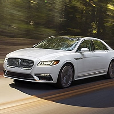 The New Look of American Luxury: Meet the 2017 Lincoln Continental