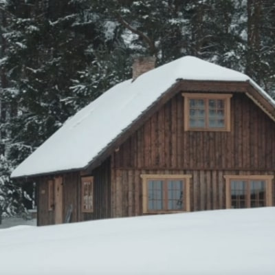 Shelter of the Week: A Hand-Built Cabin in Latvia