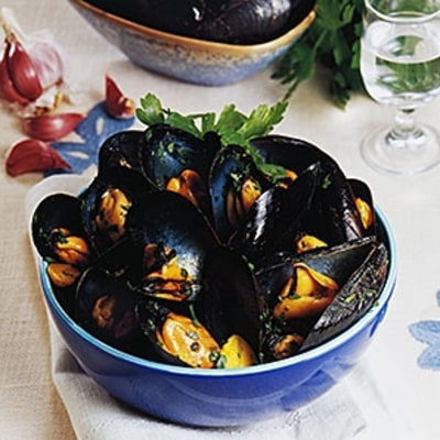 Ask a Chef: The Easiest Way to Cook Shellfish