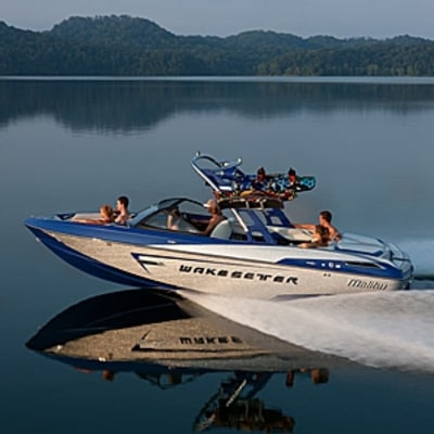The Innovative New Boat for Wakeboarders
