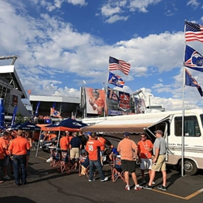 Seven Tips for Healthier Tailgating