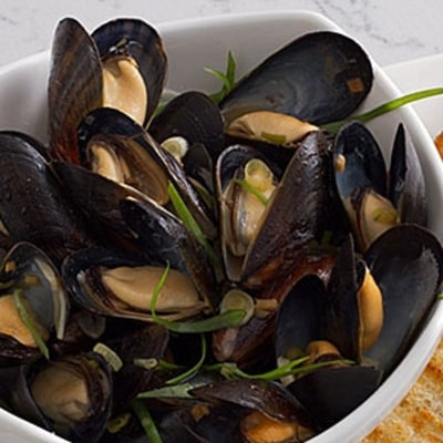 David Chang's Pan Roasted Mussels Recipe