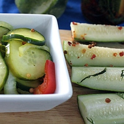 How to Make Easy, No-Cook Cucumber Pickles