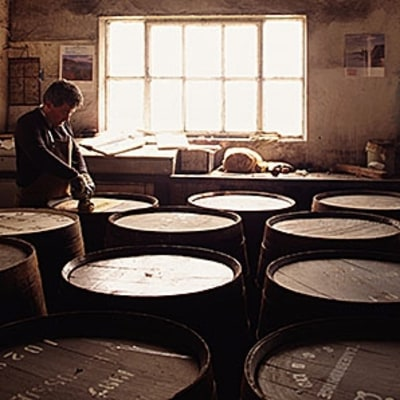 Why More People are Investing in the Whiskey Boom
