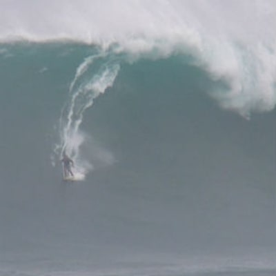 What It's Like to Water Ski on a 30-Foot Wave