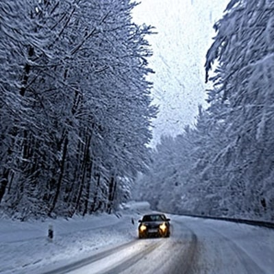 Don't Get Stuck This Winter: 9 Items to Pack in Your Car