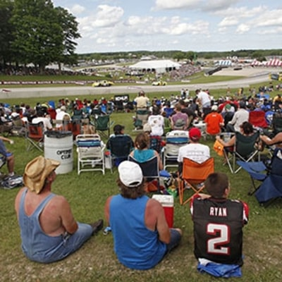 A Day at Wisconsin's Classic Raceway
