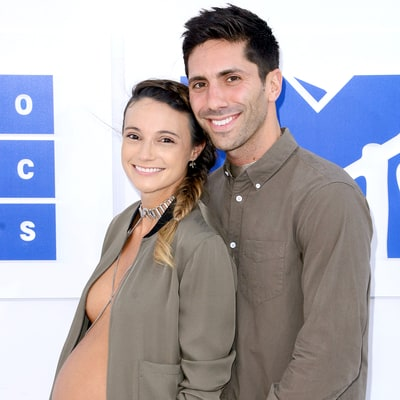 'Catfish' Host Nev Schulman's Pregnant Fiancee Laura Perlongo Decorates Her Baby Bump Like an Island in Naked Bathtub Shot