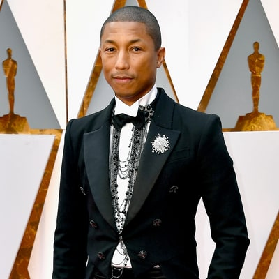 Pharrell Williams Receives Knitted Rockets for Triplets at Oscars 2017: See His Cute Reaction!