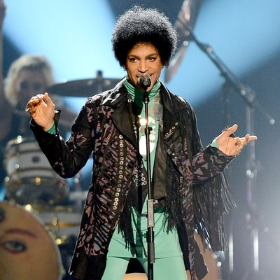 "Prince's Cover of Radiohead's ""Creep"" Is So Amazing It's Going Viral Again: Watch"