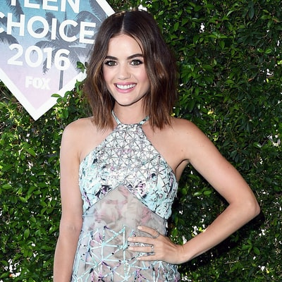 Teen Choice Awards 2016 Red Carpet Fashion: What the Stars Wore