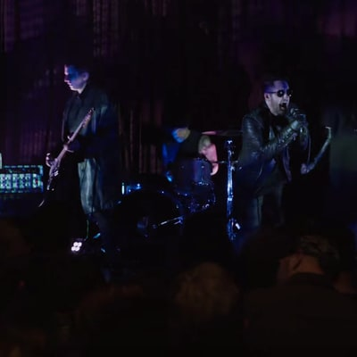 See Nine Inch Nails Perform 'She's Gone Away' on 'Twin Peaks'