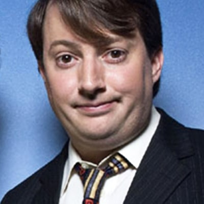 Cult British Comedy 'Peep Show' Gets Starz Adaptation