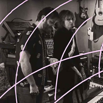 Watch Dan Auerbach, Chrissie Hynde Jam in Vibrant New Pretenders Video