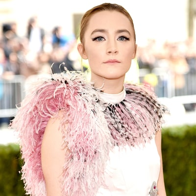Met Gala 2016: How to Re-create Saoirse Ronan's Dramatic Cat-Eye Makeup