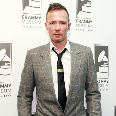 Scott Weiland, Stone Temple Pilots Singer, Dies At the Age of 48