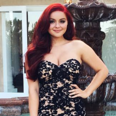 Ariel Winter Stuns in Body-Hugging Dress for Prom 2016