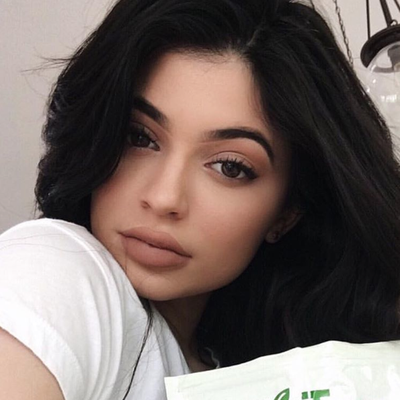 Thieves Are Stealing Kylie Jenner's Lip Kits From the Mail