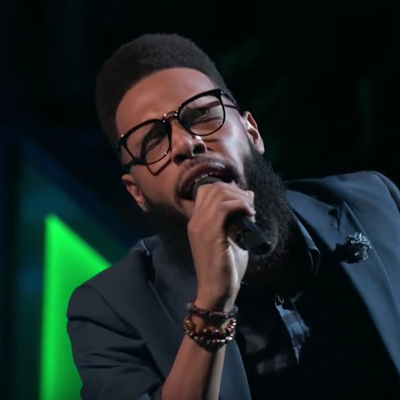 See 'Voice' Hopefuls Josh Hoyer, TSoul Battle With Wilson Pickett Cover