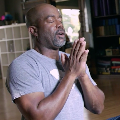 See Darius Rucker Take a Yoga Class for the First Time
