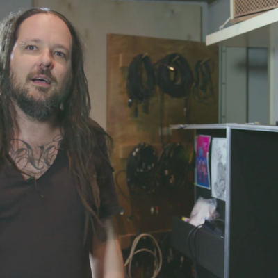 How I Play: Korn's Jonathan Davis