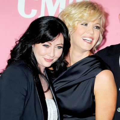 Jennie Garth on Shannen Doherty's Cancer Battle: 'She's Strong and Beautiful'