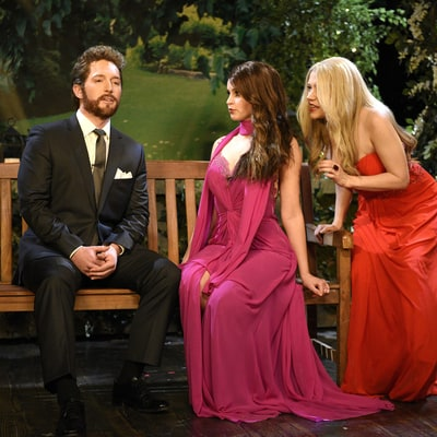 'Saturday Night Live' Pokes Fun at Bachelor Nick Viall With 'Beard Hunk' Sketch