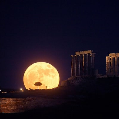 How to See the Summer Solstice Full Moon Tonight