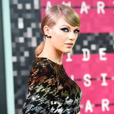 Taylor Swift Is Getting Her Own Mobile Game Like Kim Kardashian: What Will It Be About?