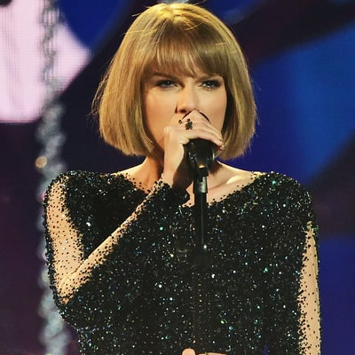 Taylor Swift Wears Catsuit to Perform 'Out of the Woods' at Grammys 2016