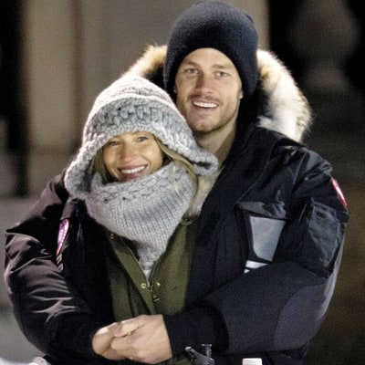 Tom Brady, Gisele Bundchen Snuggle Up in the Cold After Patriots Win: Cute Photo
