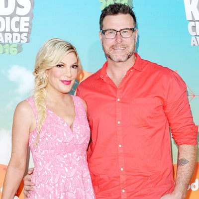 Tori Spelling and Dean McDermott Celebrate Their 'Hands-Down' Favorite Time of the Year: See Their Family Christmas Card