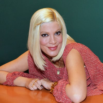 Tori Spelling to Star in James Franco's Remake of 'Mother May I Sleep With Danger'