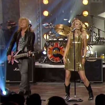 Flashback: Taylor Swift and Def Leppard Perform 'Hysteria'