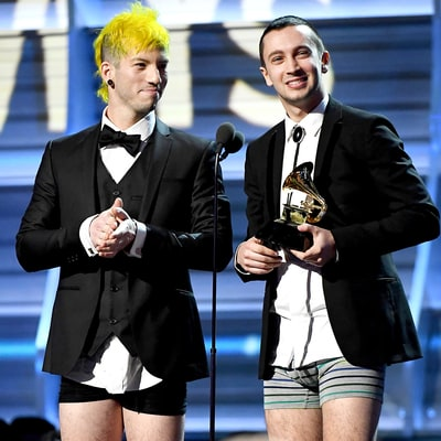 Twenty One Pilots Take Off Their Pants to Accept Best Pop/Duo Group Award in Their Underwear at 2017 Grammys