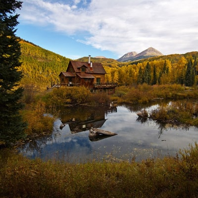 Shelter of the Week: Luxury Lodges and Hot Springs in a Former Colorado Ghost Town