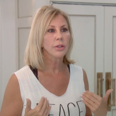 'The Real Housewives of Orange County' Recap: Kelly Dodd Slams 'Puppet Master' Heather Dubrow; Abuse Rumor Spreads