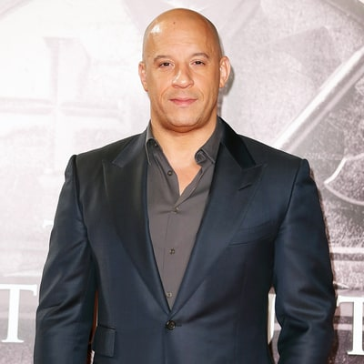 Vin Diesel Shows Off His Abs While Wearing Nothing but a Towel: Photo
