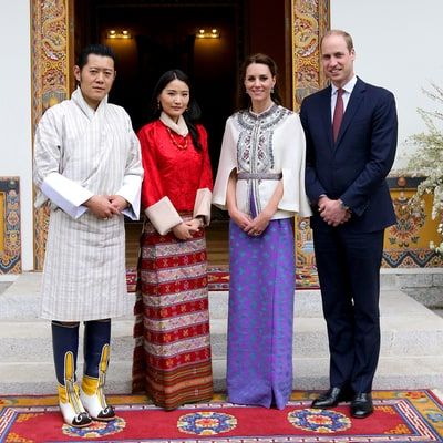 Kate Middleton, Prince William Meet the Dragon King and Queen: Pictures